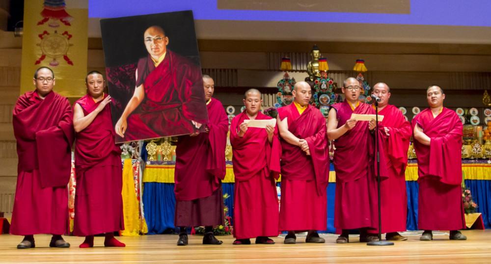 2014-monlam-day-3-monks-singing--2