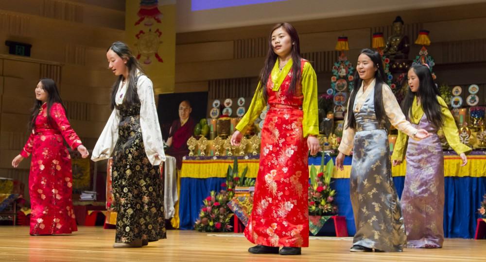 2014-monlam-day-3-tibetans--15